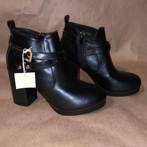 NWT black booties
